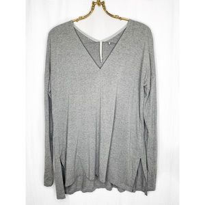 Aritzia Babaton relaxed fit v neck long sleeve top